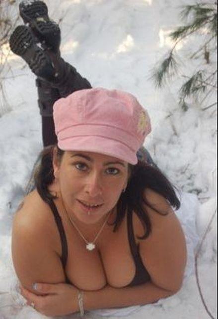 SternchenX - Frau mit grossen Brüsten sucht Mann mit grossem ******!